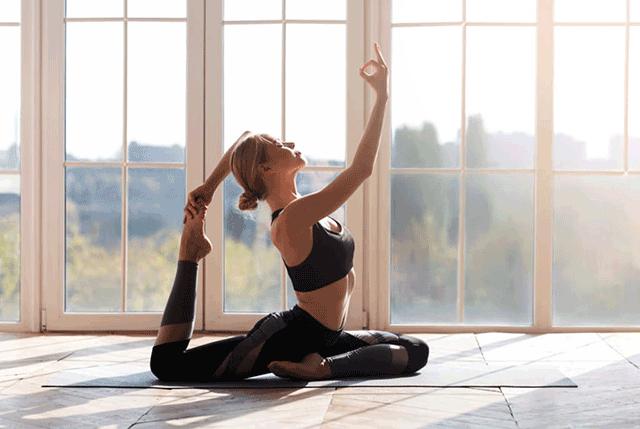 ヨガで心と身体のバランスを整える
