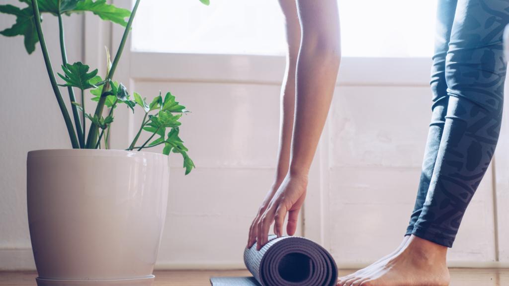 股関節の柔軟性をアップするヨガ