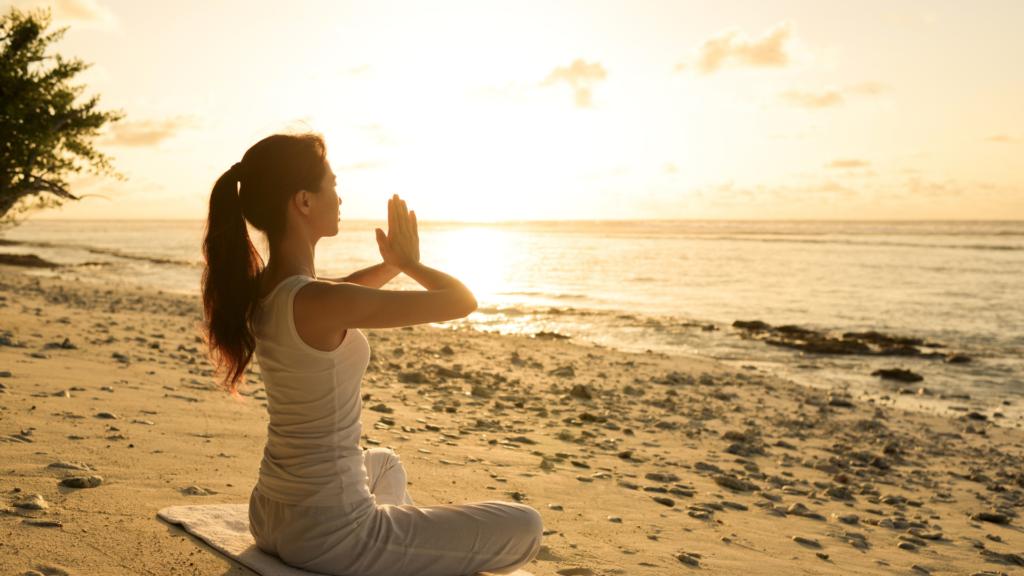 瞑想は脳へポジティブに働く