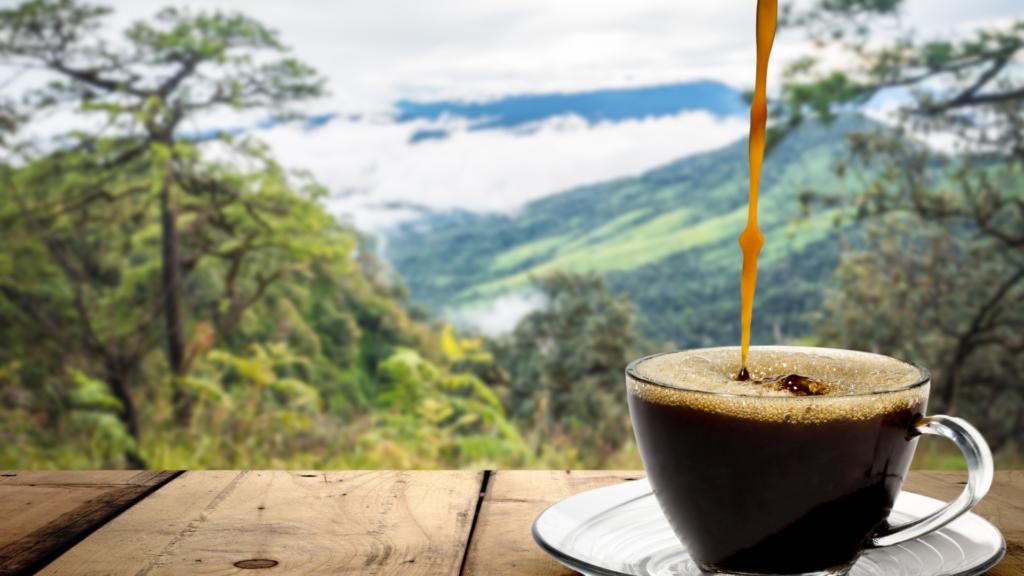 コーヒーを飲みながらヨガ